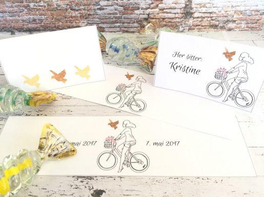 Sykkeljente og sommerfugler i gull - bordkort